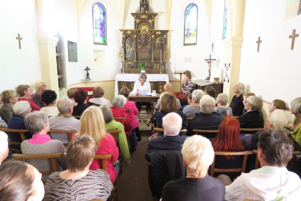 Une conférence à la chapelle