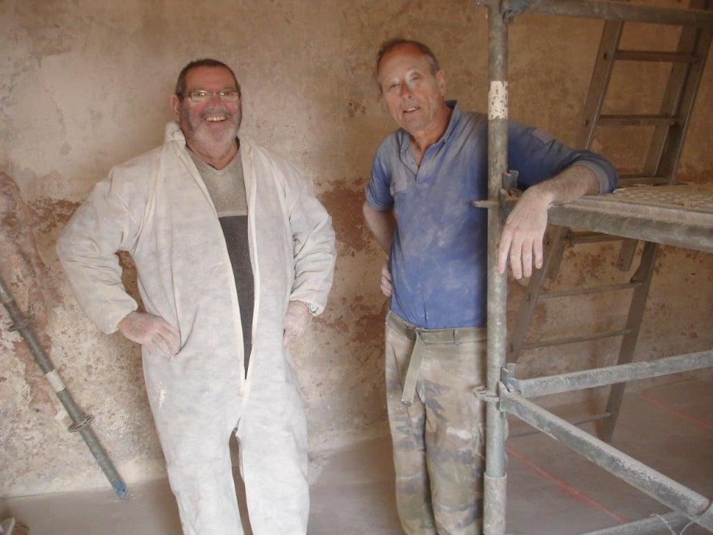 Réfection des badigeons intérieurs. Travaux préparatoires par Marc Rogé et Jean-François Riotte