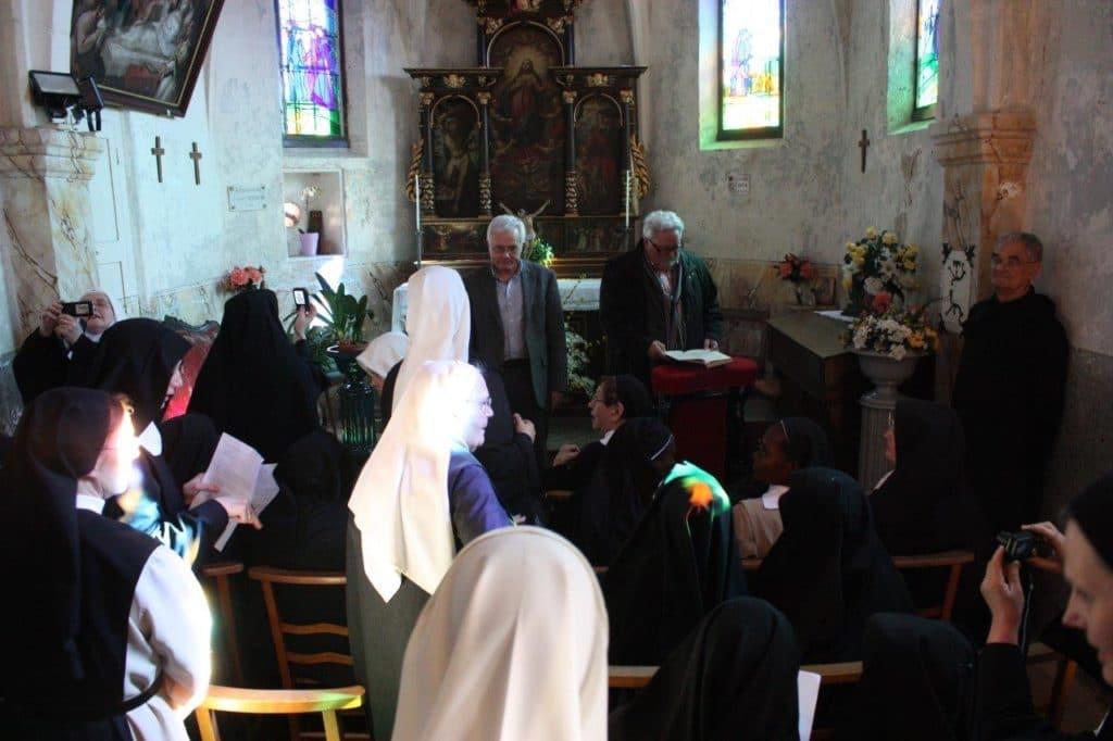 Photo des Bénédictines dans la chapelle Saint-Roch le 12 mars 2016