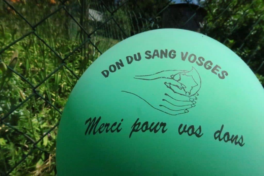 Ballon faisant la promotion du don du sang